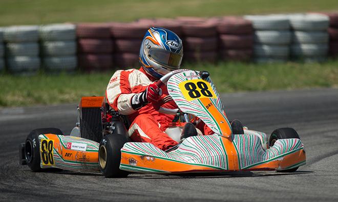Formula Master'da geçen yılın şampyonu Mehmet Çınar 3'te 3 yaptı